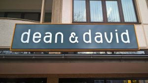 Lichtwerbung Profilbuchstaben - dean & david